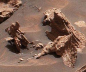 Stone statues on Mars