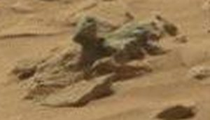 Martian creature with hand raized. How many fingeres?