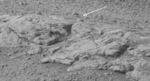 Marte criatura parecida a la humana. ¡Parece un muchacho joven!